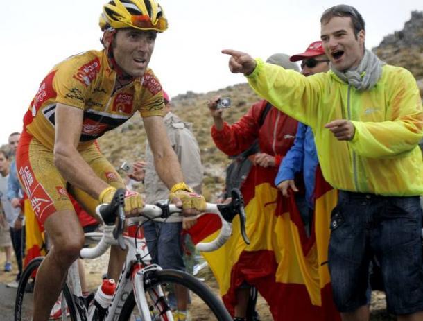 Alejandro Valverde subiendo La Pandera como líder de la Vuelta a España