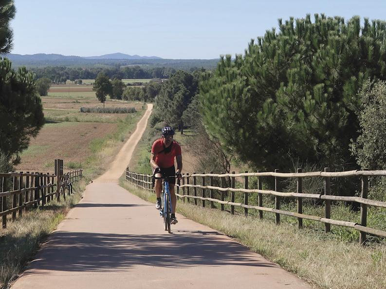 Cicloturismo Catalunya Via_verda_carrilet_sant_feliu-girona (c)Paolo & Pinar Pinzuti[1] JoanSeguidor