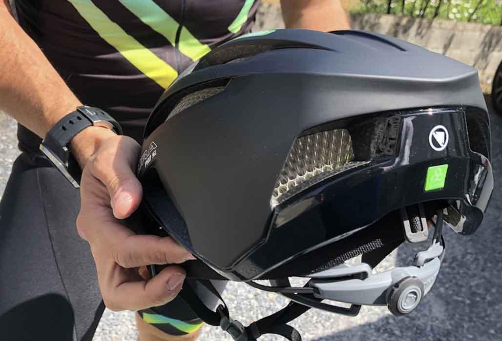 Parte trasera endura casco JoanSeguidor
